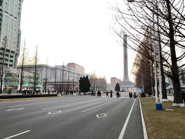 Muôn kiểu kinh doanh ăn theo Hội nghị thượng đỉnh Mỹ - Triều 2019 - Ảnh 9.