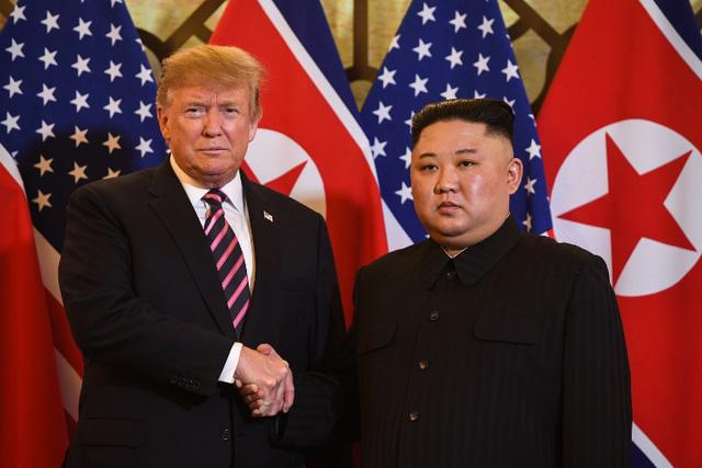 Trực tiếp: Tổng thống Trump gặp ông Kim Jong Un ở Hà Nội, tiếp tục đề cao tiềm năng của Triều Tiên - Ảnh 2.