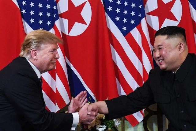 Trực tiếp: Tổng thống Trump gặp ông Kim Jong Un ở Hà Nội, tiếp tục đề cao tiềm năng của Triều Tiên - Ảnh 1.