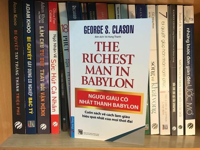 Hỏi hàng trăm triệu phú về cách học làm giàu từ sách, câu trả lời bất ngờ tôi nhận được là 7 cuốn sách không bao giờ cũ đối với người nhiều khát vọng - Ảnh 3.