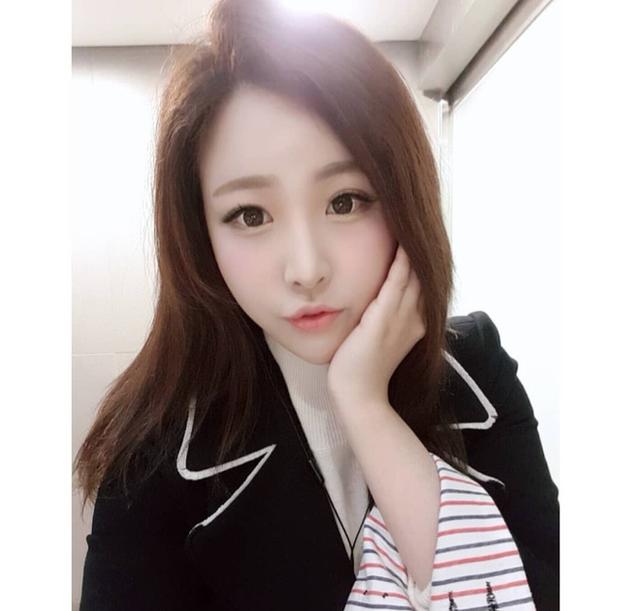 Nữ phóng viên Hàn gây sốt mạng xã hội Việt: Xinh đẹp tài năng, từng thi Hoa hậu - Ảnh 4.