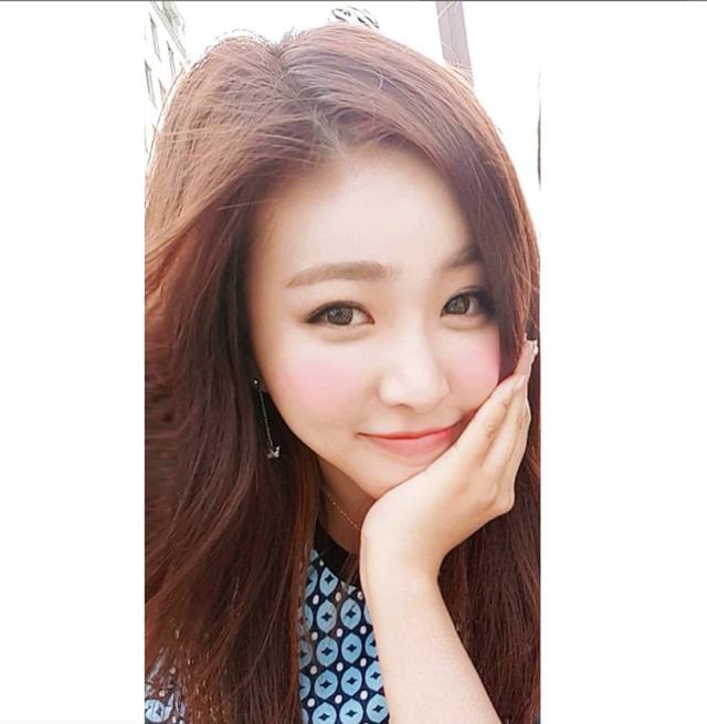 Nữ phóng viên Hàn gây sốt mạng xã hội Việt: Xinh đẹp tài năng, từng thi Hoa hậu - Ảnh 5.