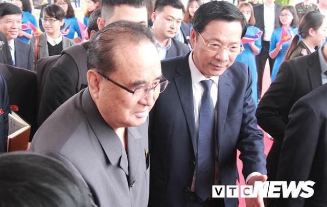 Những hình ảnh mới nhất phái đoàn Triều Tiên lên tàu 5 sao tham quan vịnh Hạ Long - Ảnh 7.