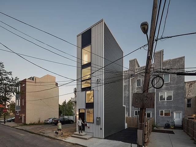 """Xây nhà như """"tòa tháp tí hon"""" trên nền đất hẹp - Ảnh 2."""
