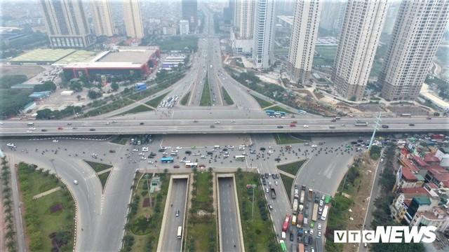 Ảnh: Những nút giao hiện đại làm thay đổi diện mạo Thủ đô nhìn từ flycam - Ảnh 1.