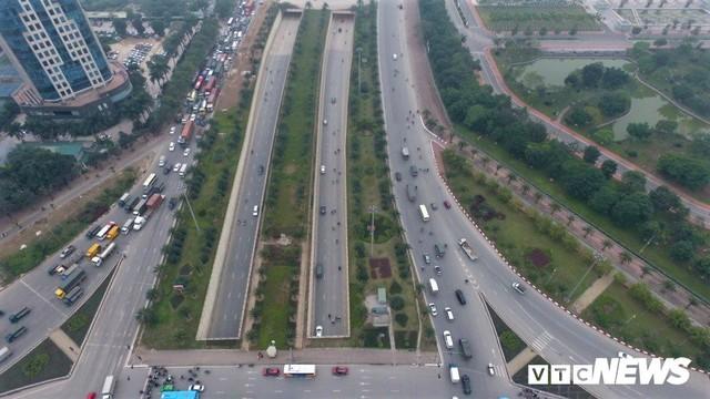 Ảnh: Những nút giao hiện đại làm thay đổi diện mạo Thủ đô nhìn từ flycam - Ảnh 2.