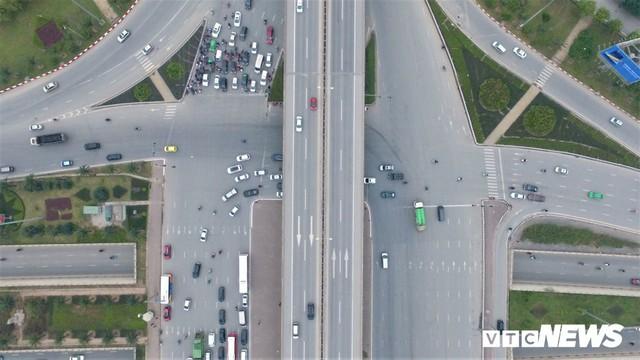 Ảnh: Những nút giao hiện đại làm thay đổi diện mạo Thủ đô nhìn từ flycam - Ảnh 4.