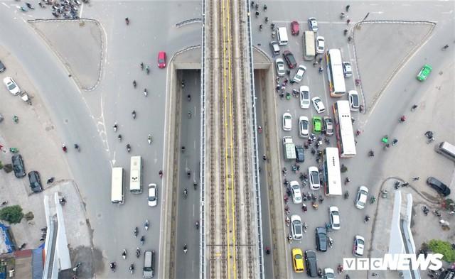 Ảnh: Những nút giao hiện đại làm thay đổi diện mạo Thủ đô nhìn từ flycam - Ảnh 10.