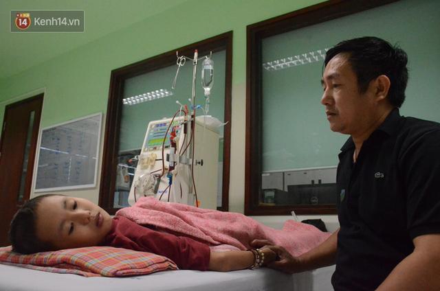 Xót lòng những đứa trẻ phải đón tết trước cổng bệnh viện ở Hà Nội: Nhắc đến quê nhà lại ứa nước mắt vì nhớ - Ảnh 4.