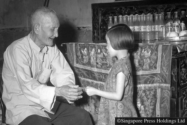 Hình ảnh người Singapore đón Tết âm lịch trong quá khứ và hiện tại - Ảnh 4.