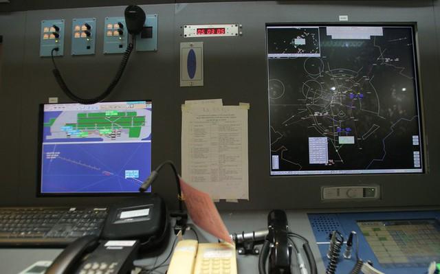 Đột nhập đài kiểm soát không lưu Nội Bài  - Ảnh 23.