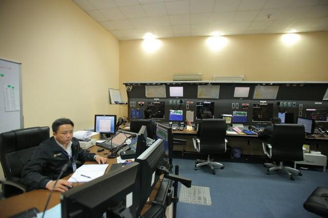 Đột nhập đài kiểm soát không lưu Nội Bài  - Ảnh 24.