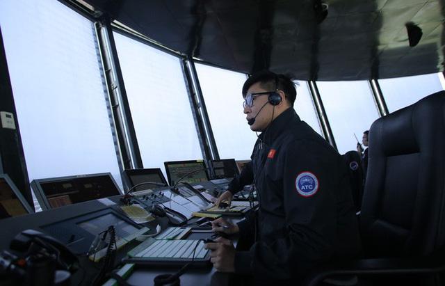 Đột nhập đài kiểm soát không lưu Nội Bài  - Ảnh 4.