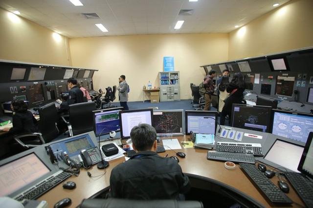 Đột nhập đài kiểm soát không lưu Nội Bài  - Ảnh 7.