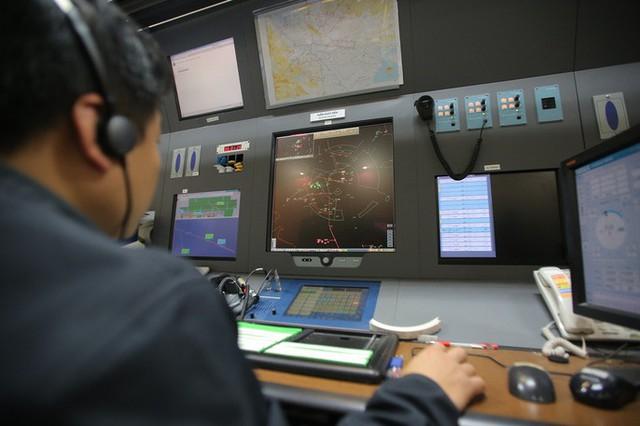 Đột nhập đài kiểm soát không lưu Nội Bài  - Ảnh 9.