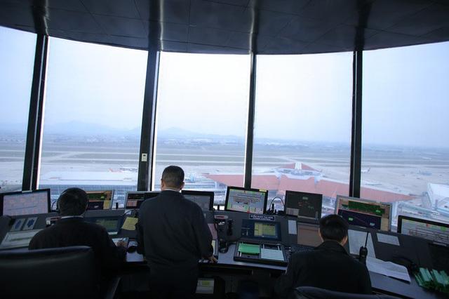 Đột nhập đài kiểm soát không lưu Nội Bài  - Ảnh 10.