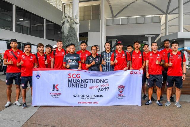 Vừa sang Thái Lan, thủ môn Văn Lâm gặp phải sự cố đen đủi - Ảnh 2.