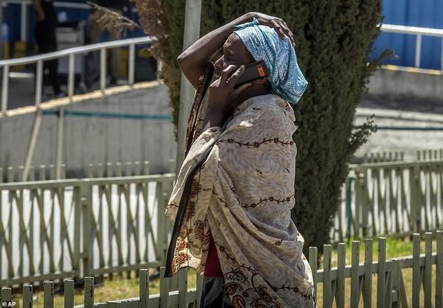 Vụ tai nạn máy bay thảm khốc ở Ethiopia: Cơ trưởng xin phép quay đầu ngay trước khi máy bay rơi - Ảnh 11.