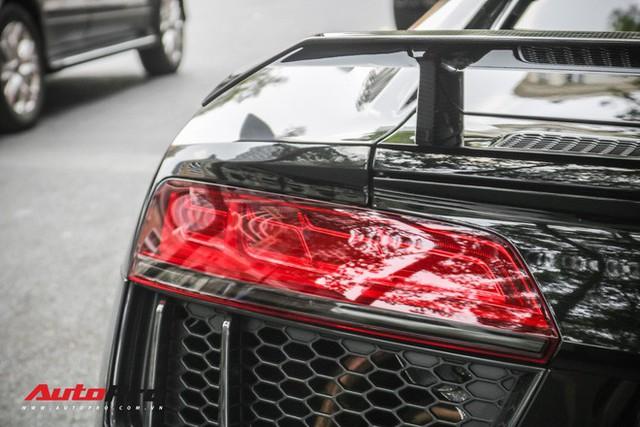 Cường Đô La đổi màu Audi R8 V10 Plus, tuy nhiên đây mới là điểm đáng chú ý - Ảnh 16.