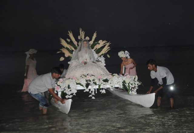 Ngày cuối cùng của đám cưới tỷ phú Ấn Độ ở Phú Quốc: Một loạt những hình ảnh độc đáo, đẹp mắt chứng tỏ đẳng cấp sang-xịn-mịn - Ảnh 10.