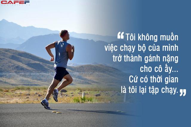 Kiên trì đẩy 5 đứa con trên quãng đường marathon dài 43 km, ông bố Mỹ khiến cư dân mạng thán phục đến rơi nước mắt khi biết lý do đằng sau - Ảnh 3.