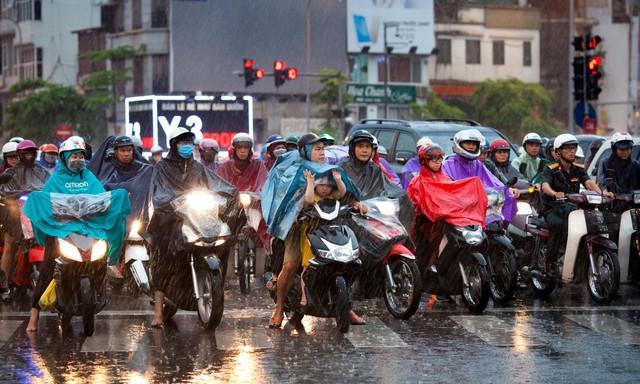 Báo quốc tế nói gì về lệnh cấm xe máy ở Việt Nam? - Ảnh 2.