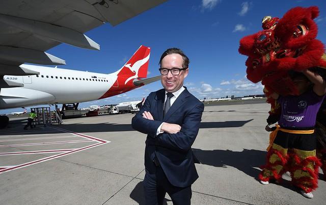"""""""Choáng"""" trước ước mơ làm giàu khi xin bí quyết mở hãng hàng không của cậu bé 10 tuổi nhưng câu trả lời của CEO Qantas mới khiến nhiều người thích thú! - Ảnh 2."""