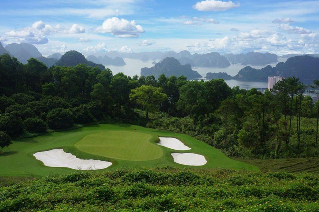 Forbes: Việt Nam là thị trường golf tăng trưởng nhanh bậc nhất thế giới - Ảnh 2.