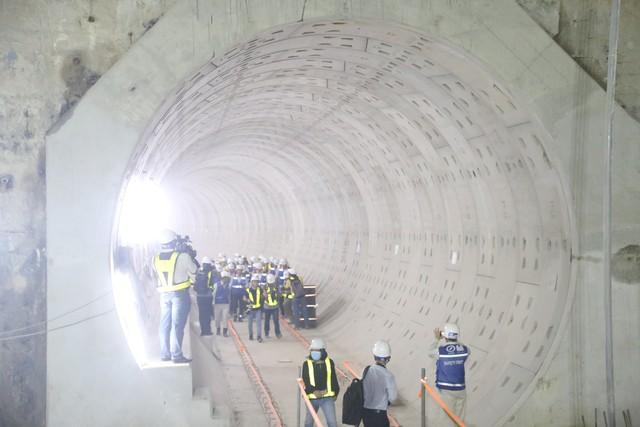 Dự án tuyến Metro số 1 Bến Thành - Suối Tiên vận hành thử nghiệm vào năm 2020 - Ảnh 4.