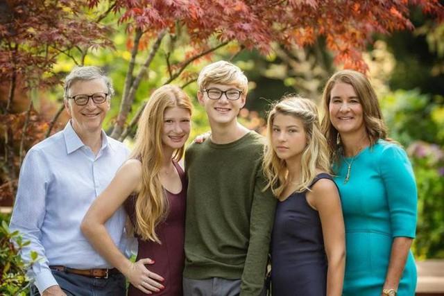 Không phải sở hữu gia sản tỷ đô, điều khiến Bill Gates ở tuổi 63 hạnh phúc hơn khi 25 đơn giản đến mức khiến nhiều người ngỡ ngàng: Ai cũng có thể tự làm mỗi ngày - Ảnh 2.