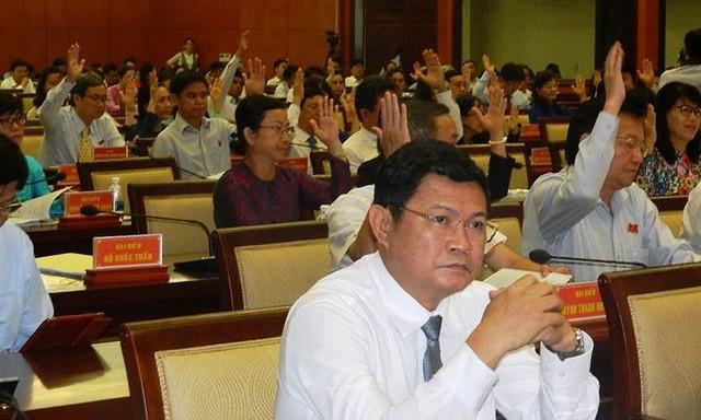Phó Chủ tịch UBND TPHCM Huỳnh Cách Mạng trở lại làm việc  - Ảnh 1.