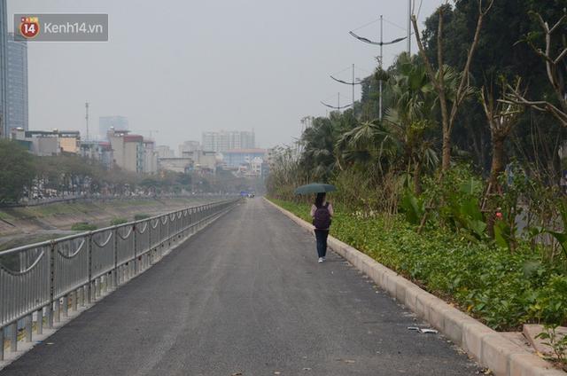 Hà Nội: Cận cảnh tuyến đường dài 4km cạnh sông Tô Lịch chỉ dành cho người đi bộ và xe đạp - Ảnh 2.