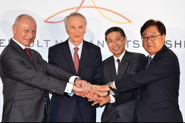Động thái bất ngờ của 3 ông lớn ô tô Renault, Nissan và Mitsubishi - Ảnh 1.