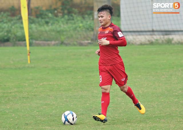 Tiết lộ vị trí mà HLV Park Hang-seo muốn Quang Hải đảm nhận tại U23 Việt Nam - Ảnh 1.