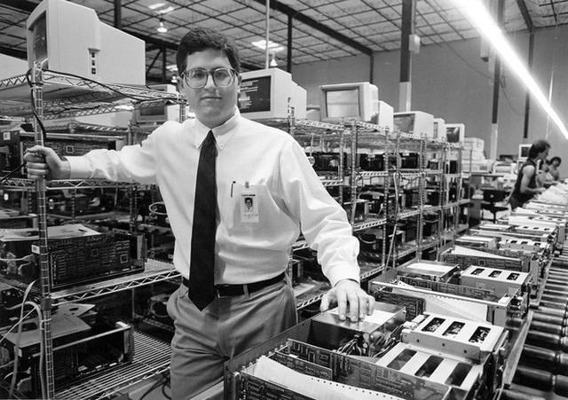 Chân dung nhà sáng lập hãng Dell: Tỷ phú Do Thái máu kinh doanh từ bé, trái lời bố mẹ bỏ trường Y để khởi nghiệp - Ảnh 3.