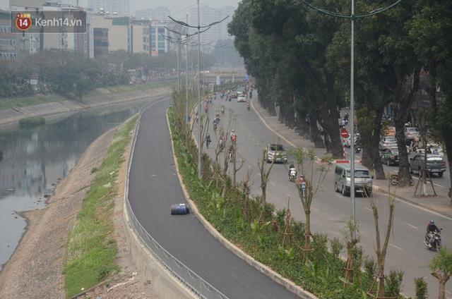 Hà Nội: Cận cảnh tuyến đường dài 4km cạnh sông Tô Lịch chỉ dành cho người đi bộ và xe đạp - Ảnh 9.