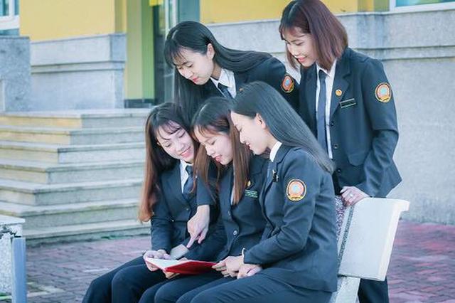 Luật sư nói về quy định nữ sinh trên 60kg không được dự thi trường Tòa án - Ảnh 1.