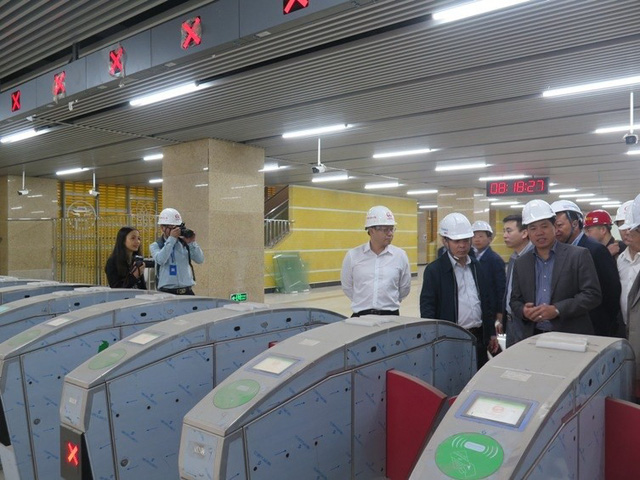 Bộ trưởng GTVT: Người dân rất mong chờ tuyến Cát Linh-Hà Đông sớm khai thác  - Ảnh 2.