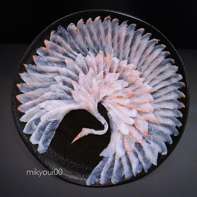 Chỉ xem Youtube, ông bố Nhật đã tạo ra những tác phẩm nghệ thuật đáng kinh ngạc từ cá sống - Ảnh 5.