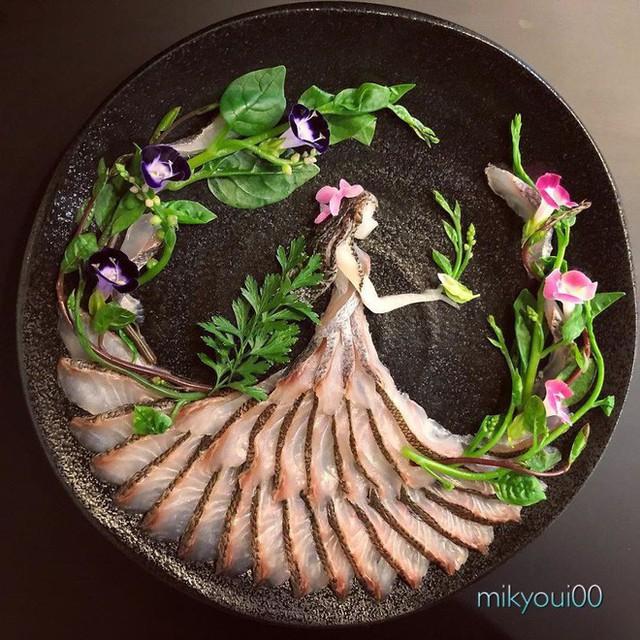 Chỉ xem Youtube, ông bố Nhật đã tạo ra những tác phẩm nghệ thuật đáng kinh ngạc từ cá sống - Ảnh 8.