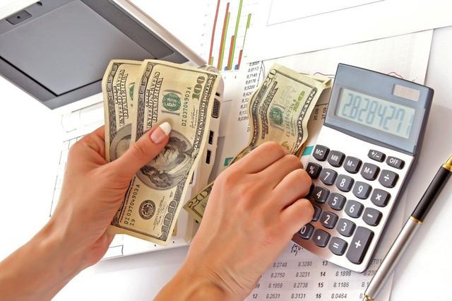 Nhìn lại cuộc đời sau 40 năm, tôi mới chợt nhận ra 10 chân lý sáng suốt về tiền bạc: Tiền giống như tay chân, hãy sử dụng nó, không sẽ đánh mất nó! - Ảnh 2.