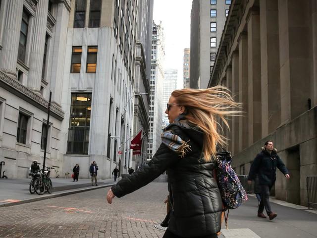 Cuộc sống của những người có thu nhập tới 100.000 USD/năm tại thành phố xa hoa New York thực sự như thế nào? - Ảnh 1.
