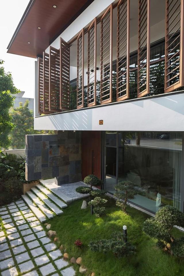 Biệt thự đẹp hút hồn với giải pháp đón nắng và gió - Ảnh 2.