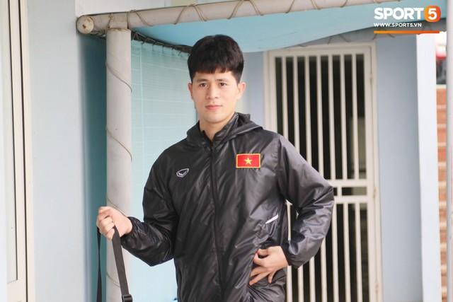 2 ngày trước khi thầy Park chốt danh sách, Đình Trọng vẫn không thể tập luyện - Ảnh 1.