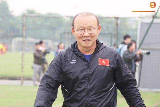 2 ngày trước khi thầy Park chốt danh sách, Đình Trọng vẫn không thể tập luyện - Ảnh 5.
