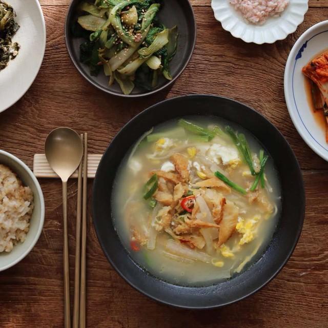 Triết lý bên nồi gà hầm của người Hàn: Hạnh phúc đơn giản chỉ là một món ngon - Ảnh 2.