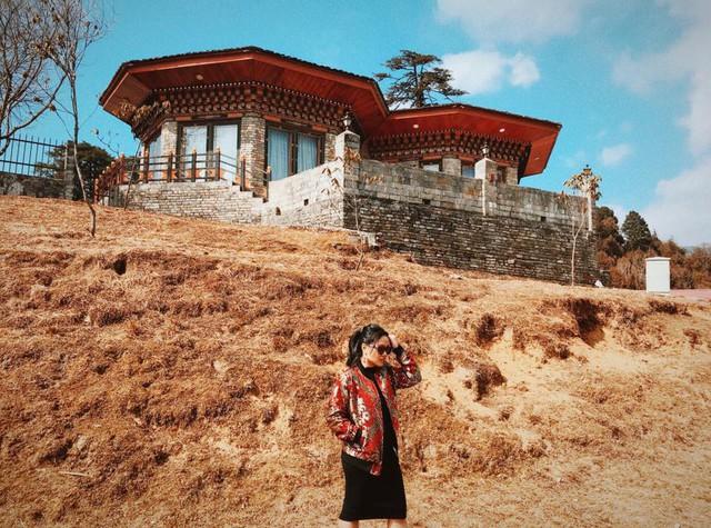 Hành trình khám phá Bhutan trong 5 ngày của cô gái Sài Gòn khiến nhiều người phải ôm mộng ước ao - Ảnh 1.