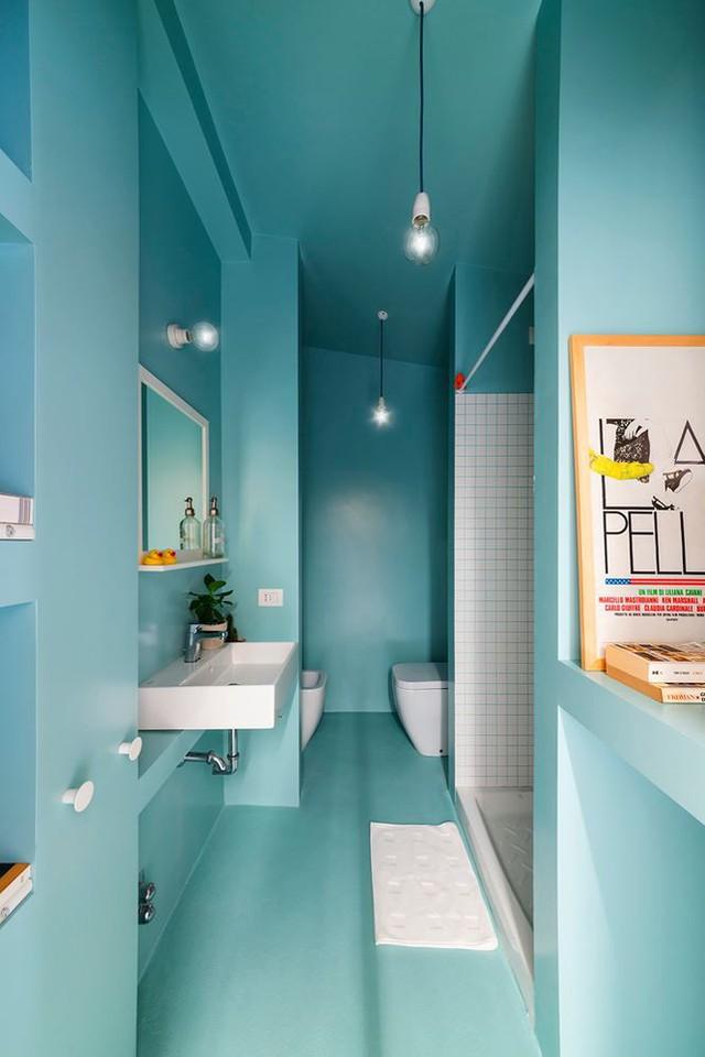 Nhà nhỏ bỗng rộng thênh thang nhờ kiến trúc thông minh - Ảnh 3.