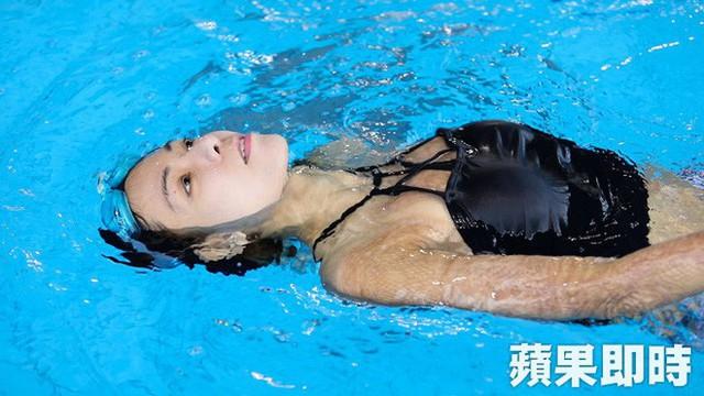 Cơ thể bỏng 91%, cô gái Đài Loan vẫn tự tin khoe nhan sắc xinh đẹp với biệt danh nàng tiên cá trong biển lửa - Ảnh 10.