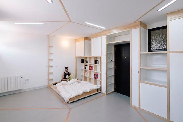 Nhà nhỏ bỗng rộng thênh thang nhờ kiến trúc thông minh - Ảnh 10.